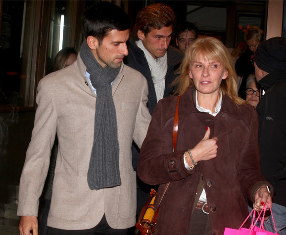 Dijana Đoković sa sinovima