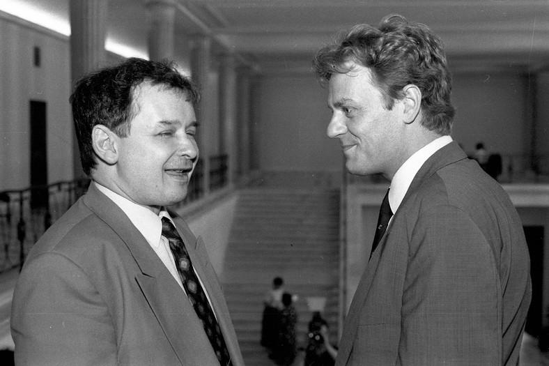 Znalezione obrazy dla zapytania Kaczyński i Tusk