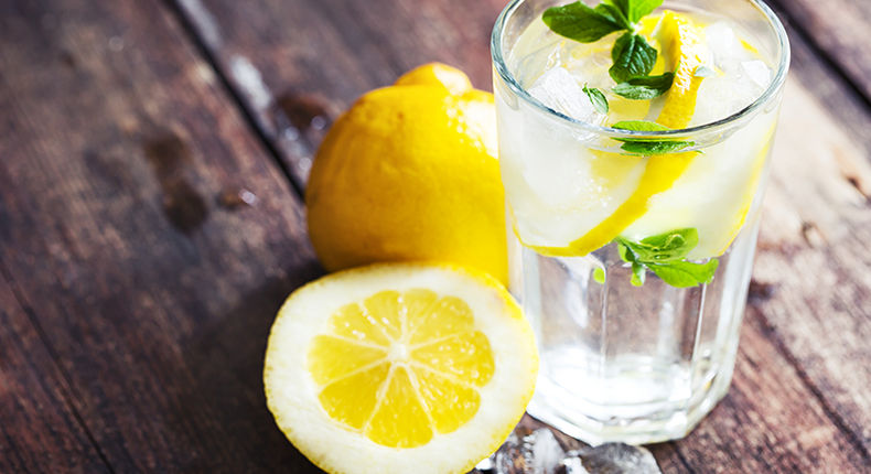 glass-of-water-with-lemons