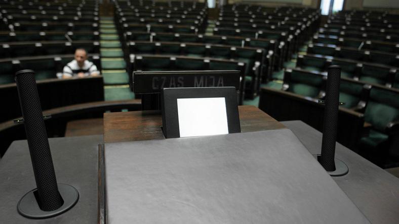 Paweł Kukiz chce, aby na mównicy sejmowej pojawił się alkomat
