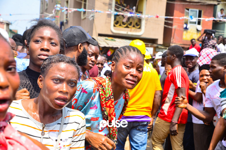 Shock and pain on the faces of onlookers (Pulse)