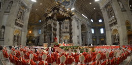 Czarny dym nad Watykanem. Nie wybrali papieża!