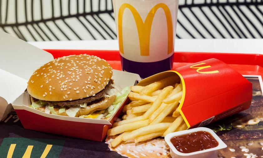 W niektórych restauracjach zabrakło hamburgerów i frytek.