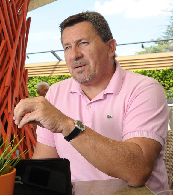 Dušan Veličković