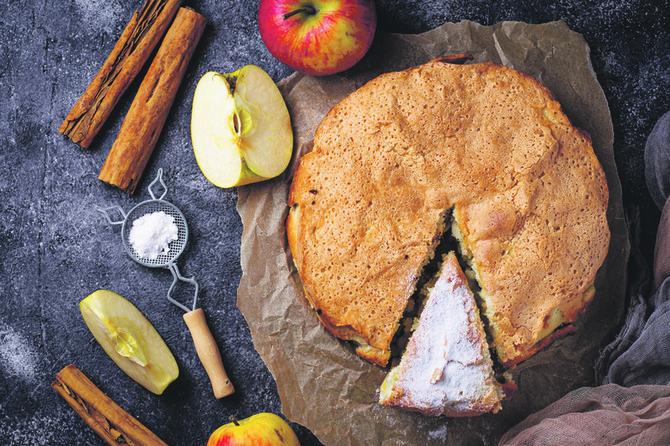 Pita sa jabukama iz blendera: Jednostavno se pravi, a ukus neverovatan!