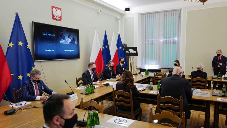 Spotkanie konsultacyjne przedstawicieli klubów opozycyjnych ws. podatku od mediów