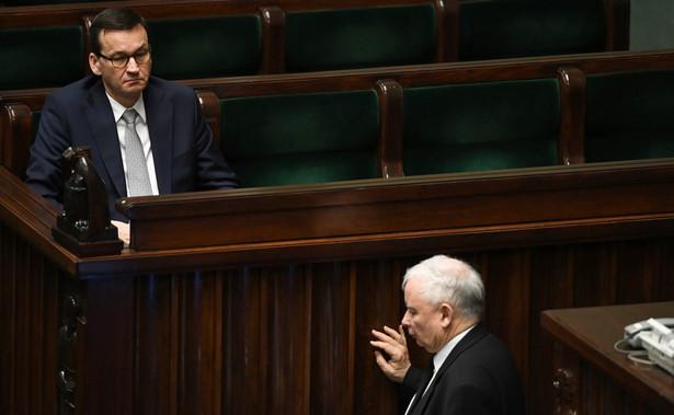 Szef rządu podczas poniedziałkowego posiedzenia Sejmu przedstawił informację na temat sytuacji epidemiologicznej związanej z rozprzestrzenianiem się koronawirusa w Polsce.