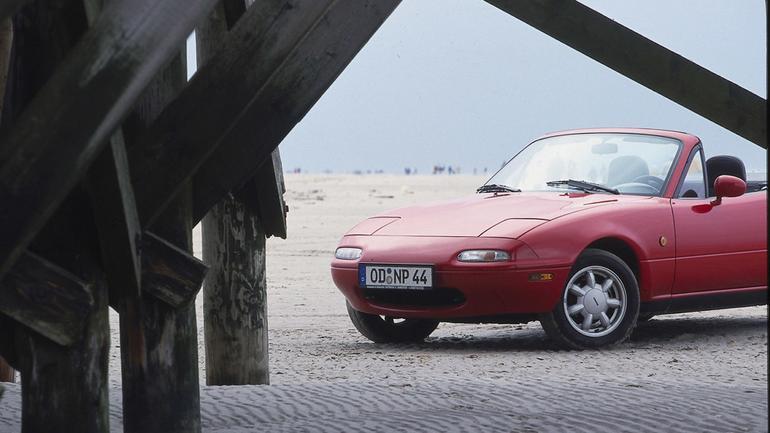 Mazda MX-5 - Auto małe, lekkie, fajne i bez dachu
