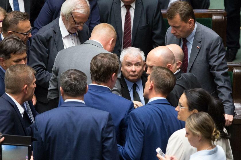 Wstrząsająca relacja posła. Kaczyński odleciał