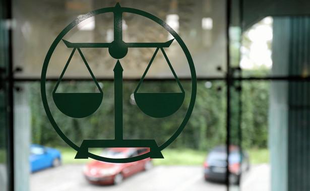 Rada nie dołączyła żadnego uzasadnienia faktycznego ani prawnego swojej decyzji, mimo dwukrotnego złożenia przez prof. Wojciecha Katnera stosownego wniosku.