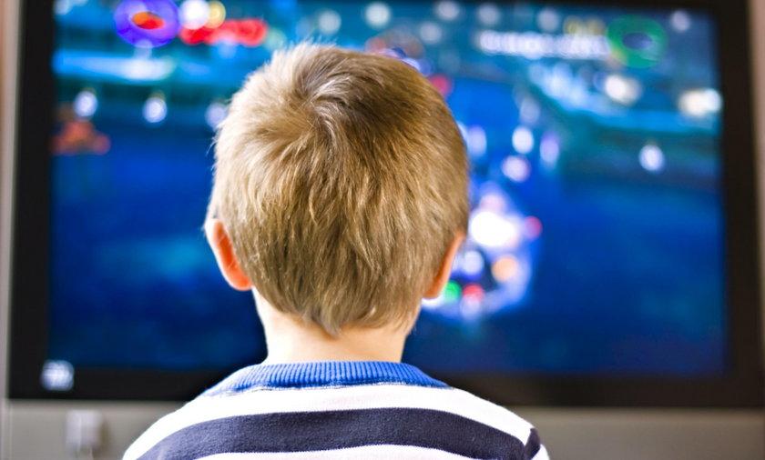 Czy dzieci mogą oglądać bajki? Jak długo dzieci powinny oglądać bajki?
