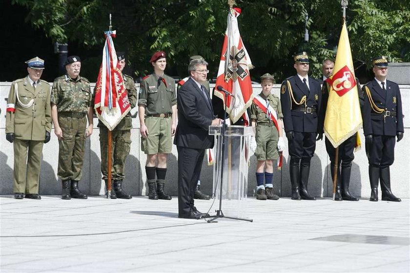 Komorowski: Dorobek AK przekujemy w...
