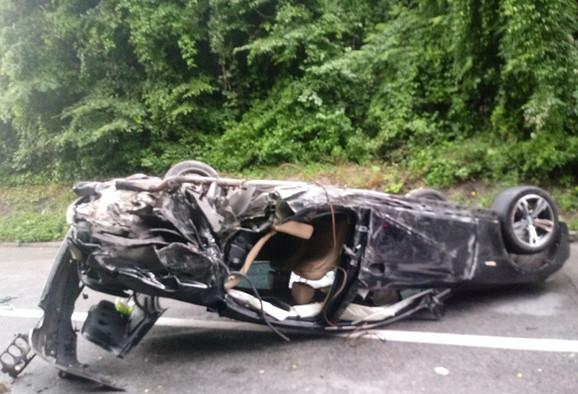 Detalj sa mesta saobraćajne nesreće u kojoj je povređen Ognjen Kuzmić