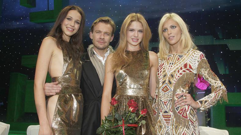 Anja Rubik i Dawid Woliński z finalistkami II edycji programu Top Model.
