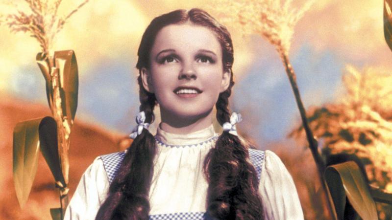 """Judy Garland w filmi """"Czarnoksiężnik z krainy Oz"""""""