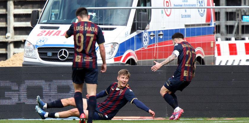 Adrian Benedyczak z dedykacją po bramce. Strzelił gola dla dziadka