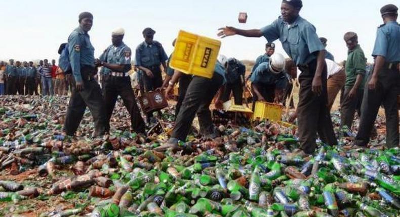 Hisbah intercepts 25-litre of 'Burukutu' and 364 bottles of alcoholic beverage in Jigawa