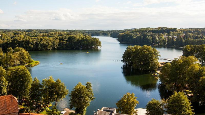 Najpopularniejsze miejscowości wypoczynkowe nad jeziorami i zbiornikami w Polsce