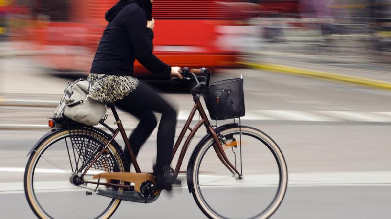 Powstaną miejskie wypożyczalnie rowerowe