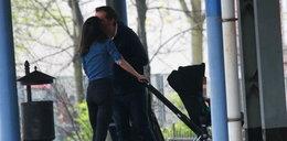 Ostatnio całowali się w maseczkach. Tym razem Marta Kaczyńska poszła o krok dalej