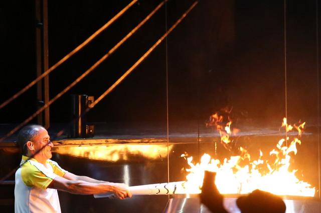 Olimpijski plamen je upaljen