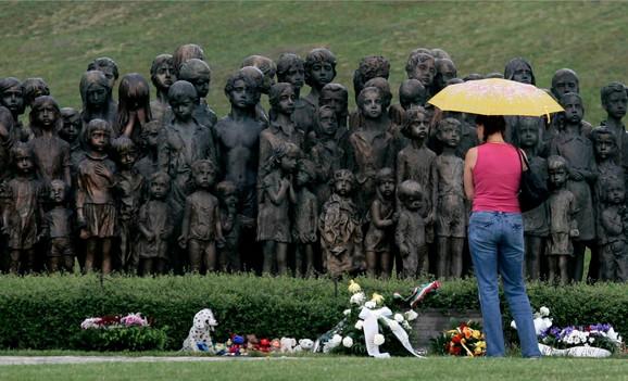 Spomenik žrtvama nacističkog masakra u Lidicama