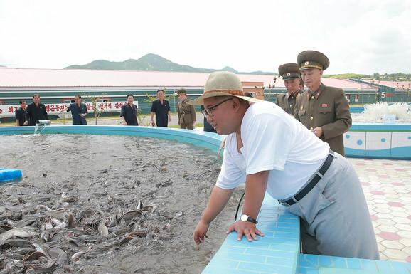 Vođa Severne Koreje u kratkoj majici
