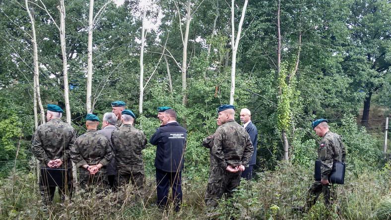 Wojsko, podczas rekonesansu w okolicach 65. kilometra trasy łączącej Wrocław z Wałbrzychem