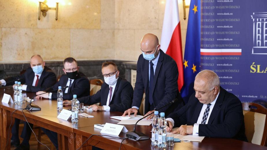 Przedstawiciele rządu i związków zawodowych podpisali umowę społeczną dla górnictwa