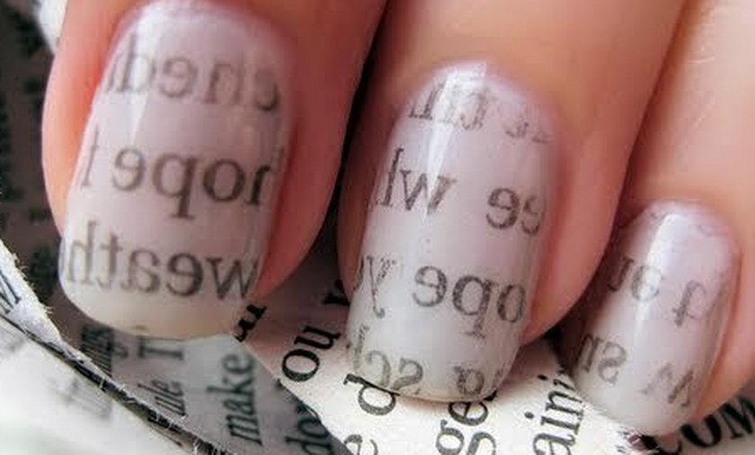 paznokcie w literki
