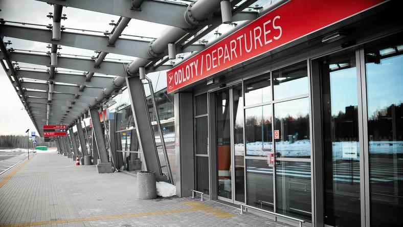 Uchylono zakaz użytkowania lotniska w Modlinie