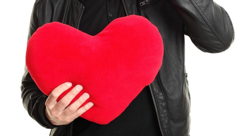 Online társkereső fegyver szerelmeseinek