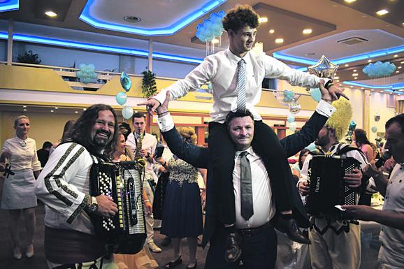 Dario iz Ćuprije i proslava punoletstva