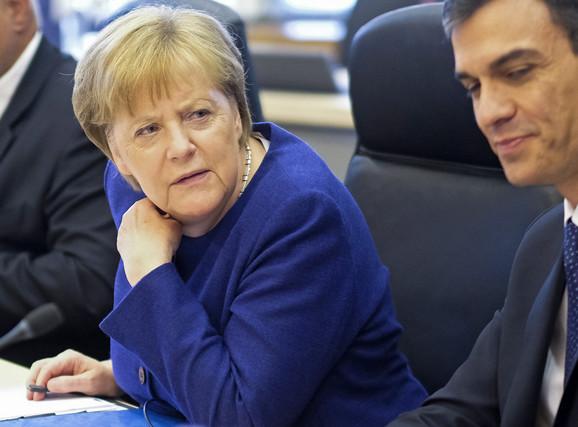 Angela Merkel suočena sa ultimatumom