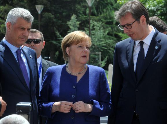 Predsednik misli da do stastanka u Parizu neće doći