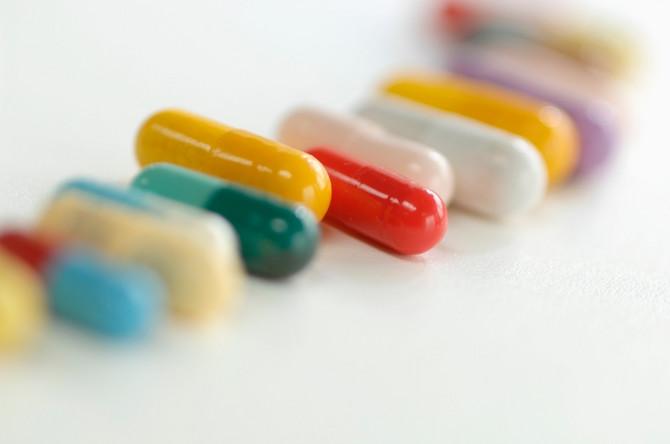 Samo farmaceuti i lekari mogu da procene da li je samomedikacija opravdana, ukažu vam na posledice nepravilnog i samoinicijativnog uzimanja lekova i pruže odgovarajuću pomoć i podršku pri donošenju odluka o vašem zdravlju