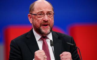Niemcy: Martin Schulz słabszy, ale zostaje