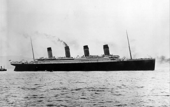 Titanik - kapetan E. Dž. Smit ostao je na brodu, a prilikom spasavanja prioritet su imali žene i deca