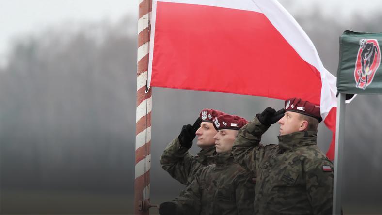 Łódzkie: pożegnano żołnierzy wyjeżdżających na misję do Kosowa