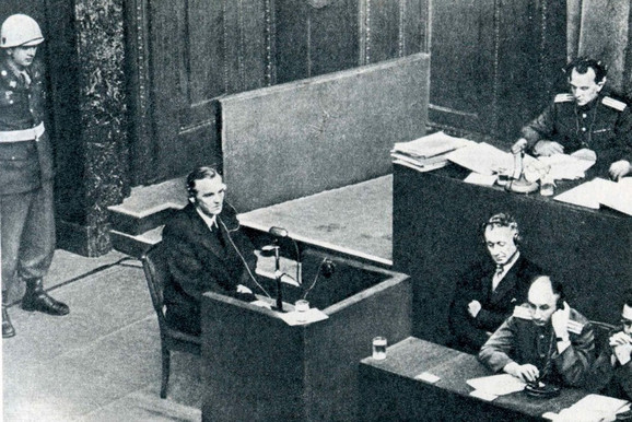 Fridrih Paulus u Nirnbergu, 11. februar 1946.