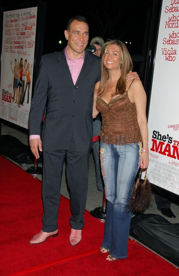 Vini Džones  sa suprugom Tanjom