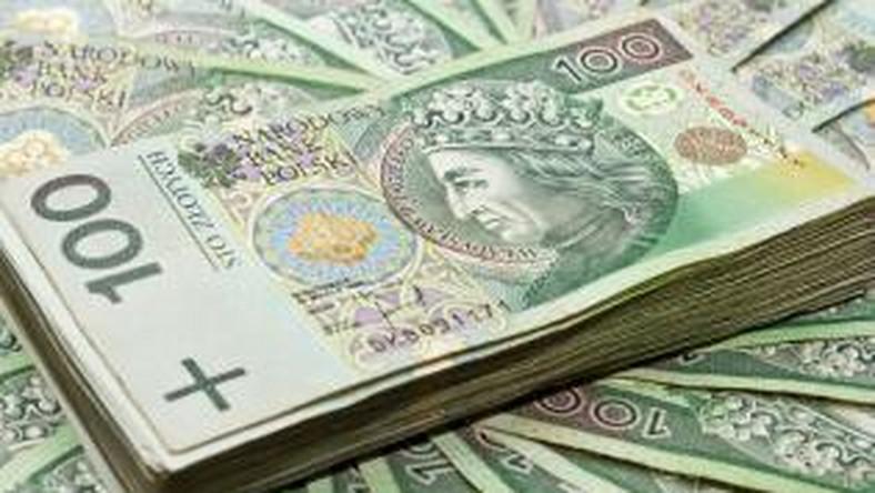Świąteczne pożyczki. Komisja Nadzoru Finansowego alarmuje