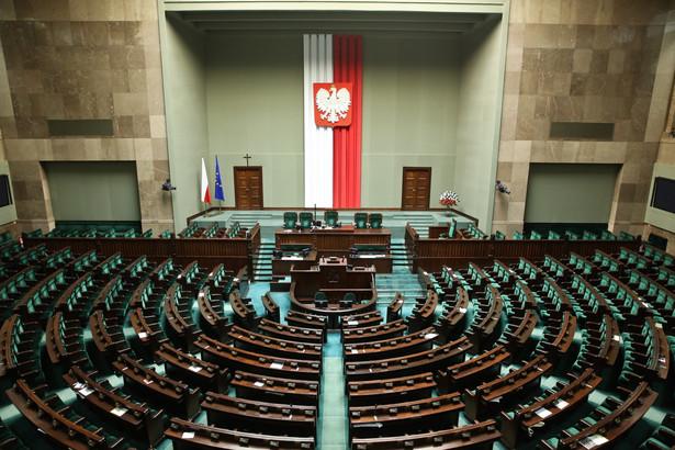 Propozycja Nowoczesnej: Podniesienie kwoty wolnej od podatku i 15 proc. stawka CIT