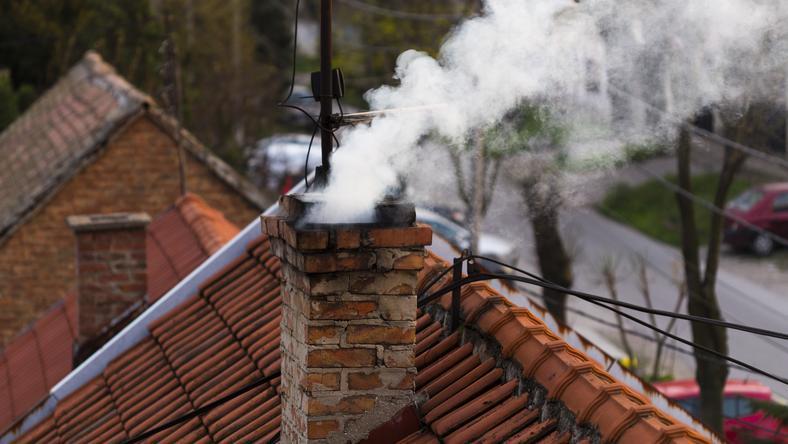 Ogrzewanie domowymi piecami odpowiedzialne za największą część zanieczyszczeń powietrza