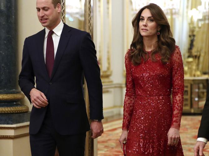 Život posle Megzita: Kejt je morala da večeras BLISTA VIŠE NEGO IKADA PRE - da li je haljina od 23 hiljade dinara bila DOBAR IZBOR?