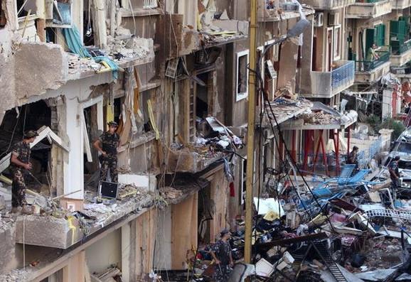 Rezultat slika za razoreni Bejrut rat u libanonu