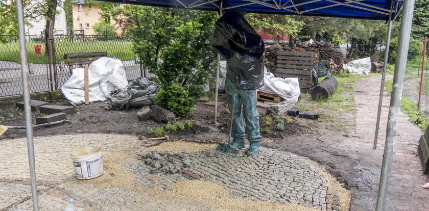 Pomnik alkoholika stanął w Jaworznie!