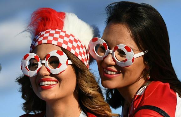 Prelepe hrvatske navijačice