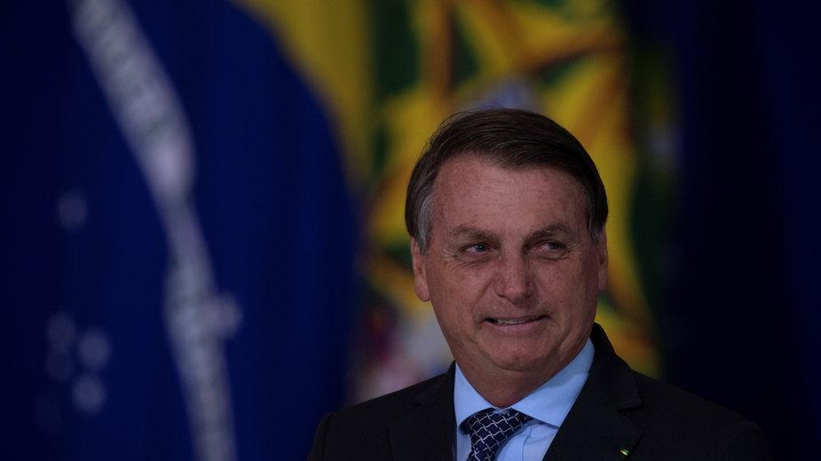 Polityczny konflikt o badania nad chińską szczepionką w Brazylii. Prezydent Bolsonaro ogłasza zwycięstwo