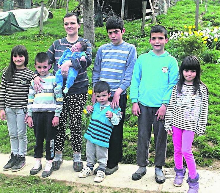 bajina bašta majka deca porodica radivojevic 1 foto v lojanica